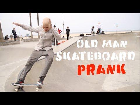 Scare Man skateboarding PRANK-Julien Magic