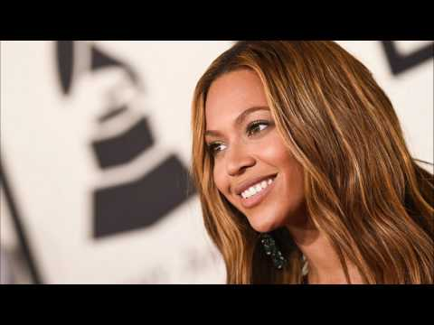 THE INTERNET THINKS BEYONCE IS IN LABOR | BEYONCE