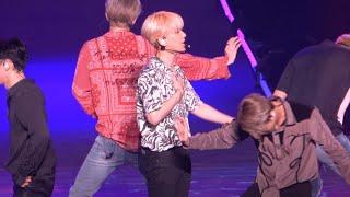 [4K fancam] 19.09.28-29 EXplOration Taipei 엑소 EXO - 러브샷 Love…