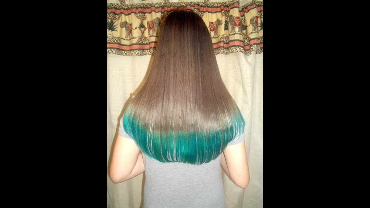 dye hair tips teal turquoise