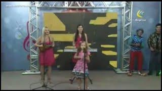 Luzirene do Cavaquinho e suas filhas no progama Show do Tato Júnior/ TV Metrópole