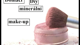 DIY Minerální make-up