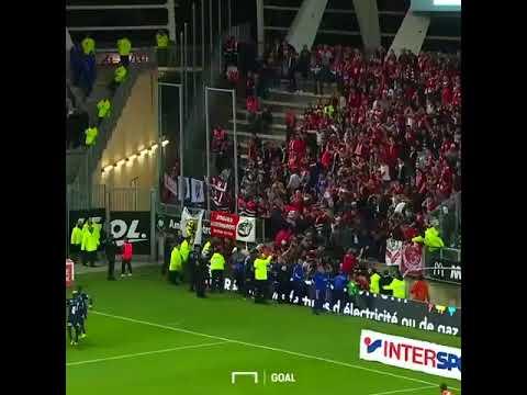 Effrondrement D'une tribune en plein match Amiens-Lille