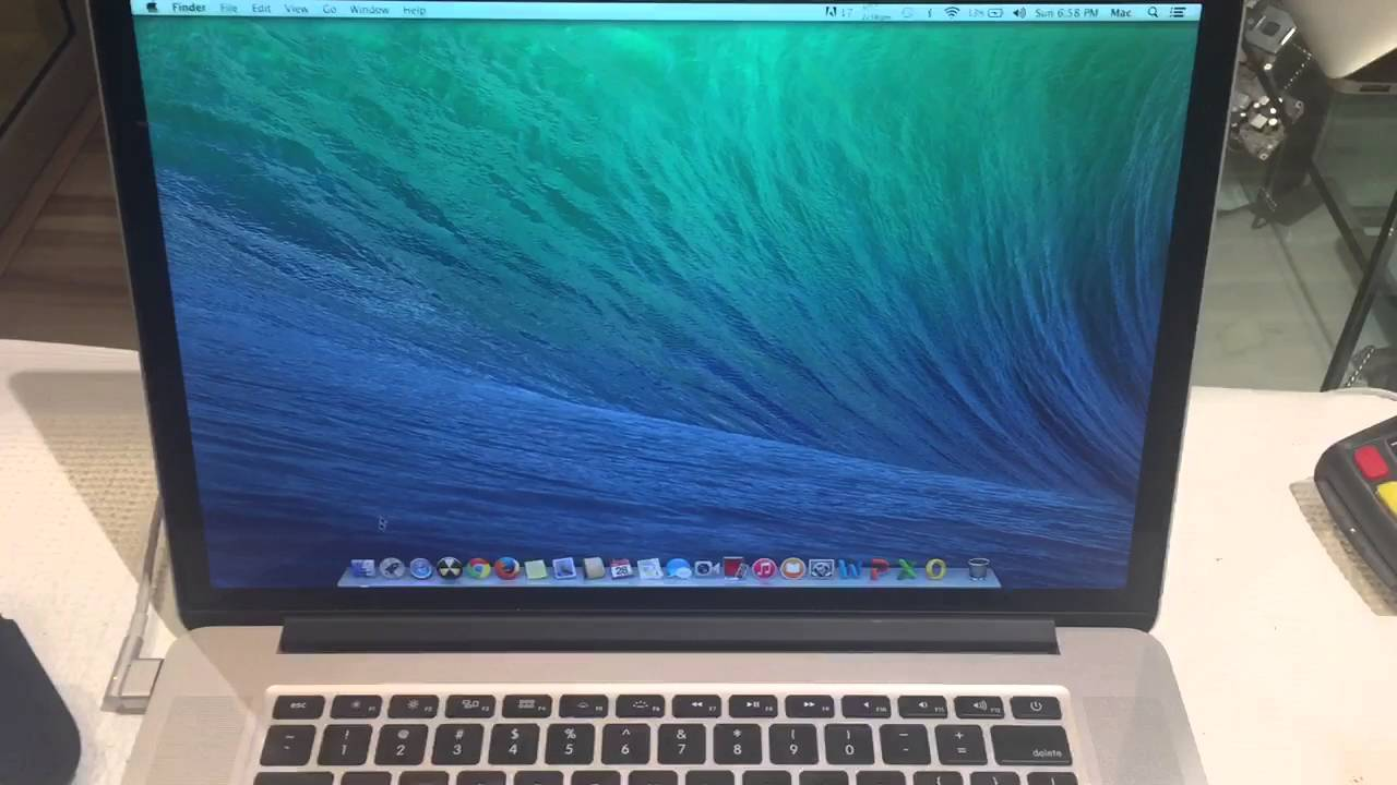 "Macbook Pro 15"" with Retina Display , Mid 2012, i7 Processor , 2 3 Ghz 6  MONTHS WARRANTY"