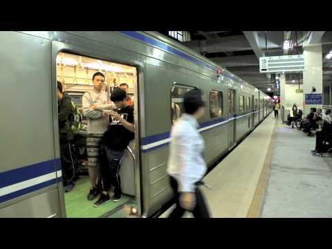 [HD] Two Taiwan TRA down Local train no. 4193 (EMU500) and 1251 (EMU700) at the Qidu Station