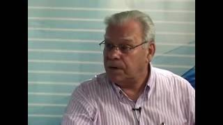 O professor César Reis e a médium Isabel Salomão de Campos