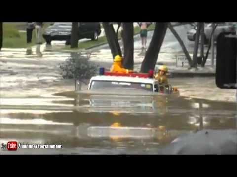 Fire truck drives through 11ft flood