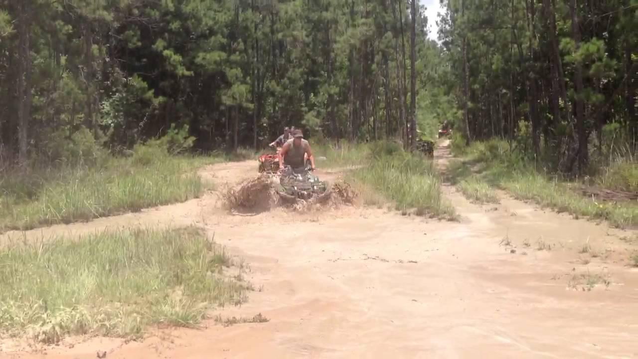 Muddin @ creekside off road park in splendora tx - YouTube