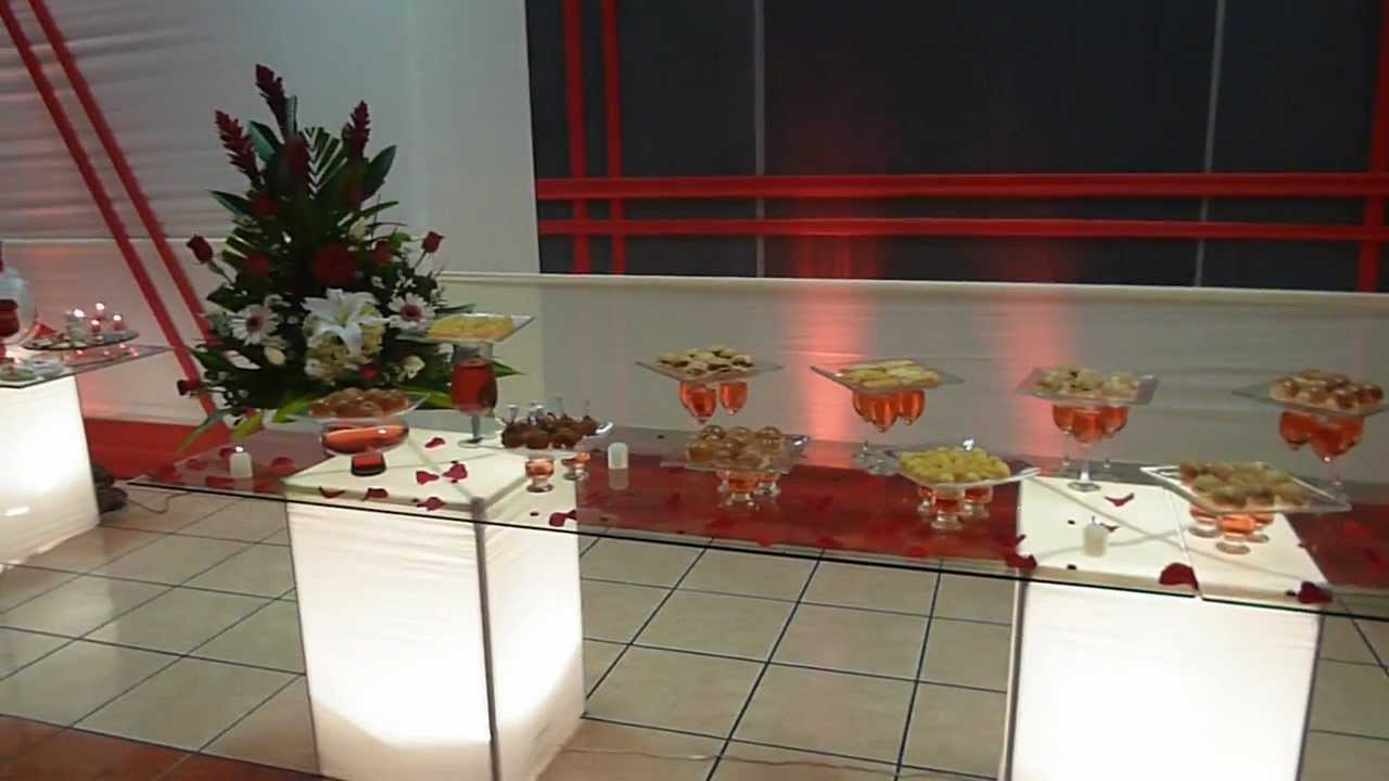 Matrimonio decoracion mesa de buffet youtube - Adornos para mesas ...