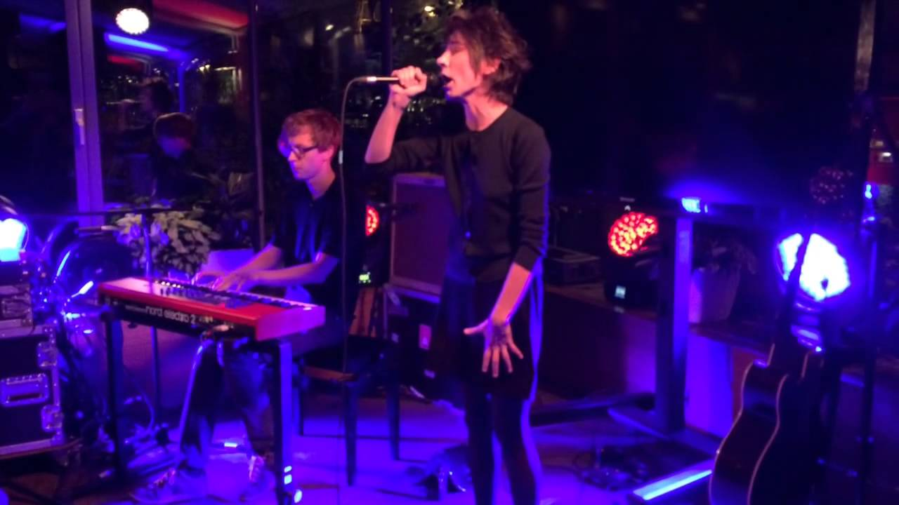 Zemfira put in the place of Ivan Urgant 15.10.2016 38