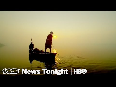 Fighting For The Ganges & Curing Phobias With VR: VICE News