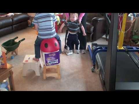 2 Year Old Spina Bifida Boy Walking Youtube