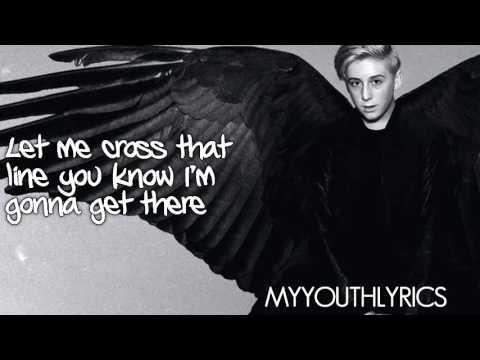 Trevor Moran - I Wanna Fly (Lyrics Video)...