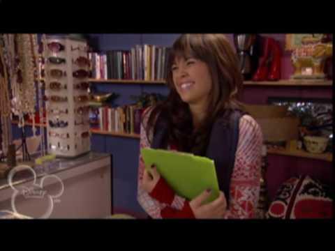 Nicole Anderson as Macy fm JONAS Medley HQ