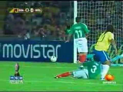 Copa America 2007 Mexico vs Brasil 2-0 Nery Castillo