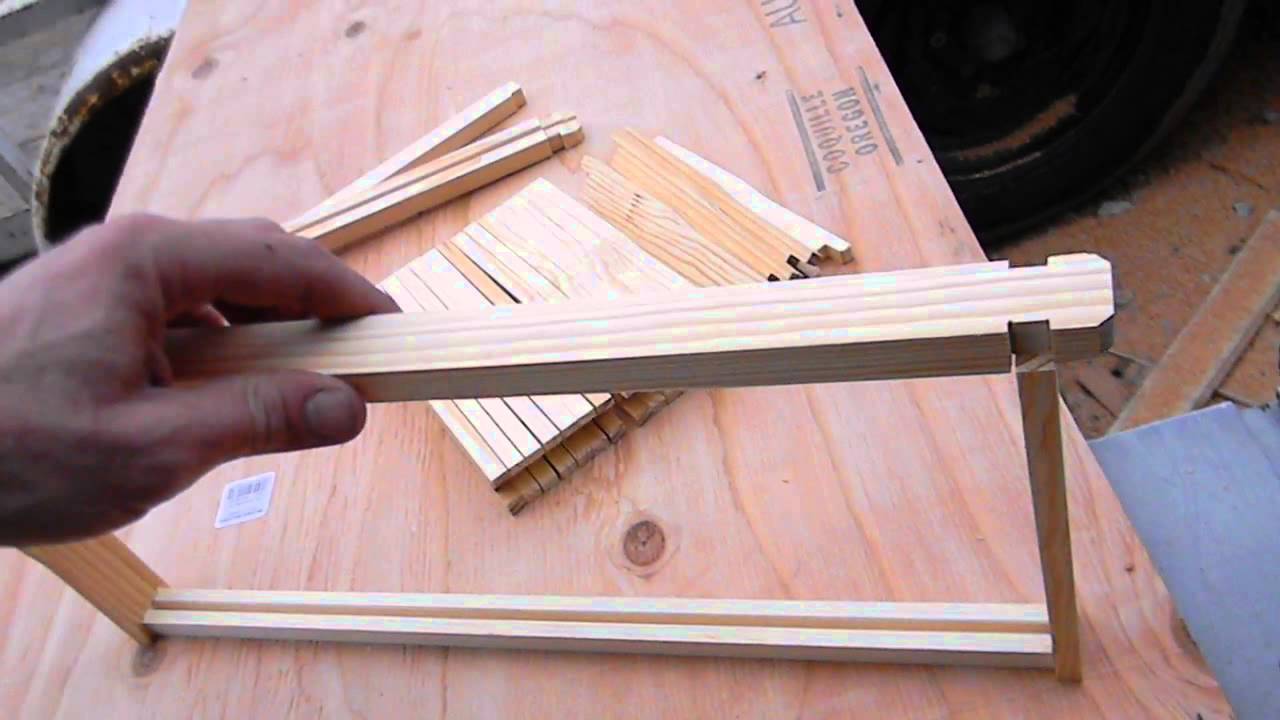 Assembling Foundationless Bee Hive Frames - YouTube