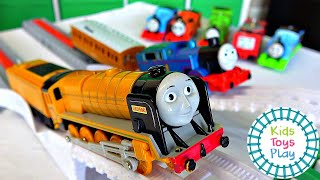 ThomasFriends Tomy Vs Trackmaster Toy Train Races