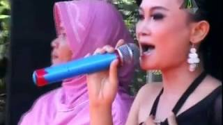 Dangdut Remix Suami Yang Kejam - Tia Tristina (5-8-2014)