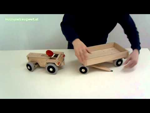 holztraktor traktor aus holz youtube. Black Bedroom Furniture Sets. Home Design Ideas
