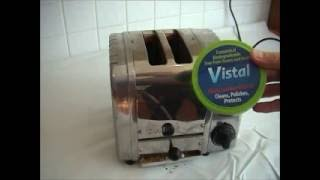 How to clean a Dualit Toaster