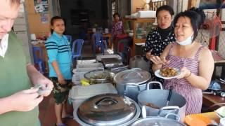 Обед в Камбодже за один доллар, правда или вымысел?