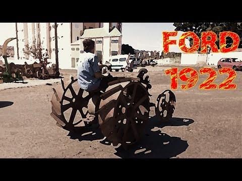 Trator Antigo - Funcionamento de trator Ford 1922 de Roda de Ferro.