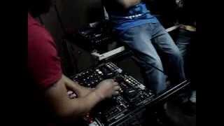 GUERRA DE LOS DJS 2013 EN 96.1 FM LA SUPREMA