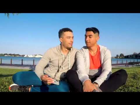 Introduction Gay Deaf on TourKaynak: YouTube · Süre: 2 dakika50 saniye