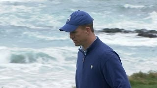 Peyton Manning scrambles to make bogey at AT&T Pebble Beach