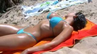 Много Сисек! Порно порево секс(http://erosait.com - бесплатное и откровенное видео. Тут больше чем просто сиськи., 2010-12-01T11:42:01.000Z)