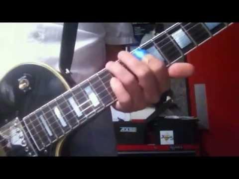 ADAM JONES PLAYS NEW TOOL RIFF (June 2014)