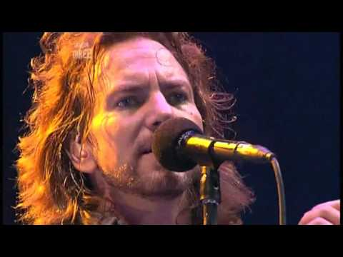 Pearl Jam - Dissident (Reading Festival, UK 2006)