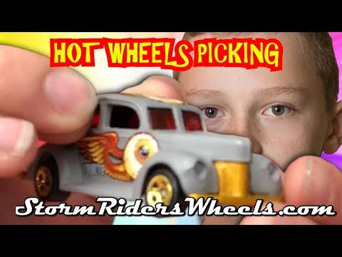 Let's Go Picking For Hot Wheels At Antique Store