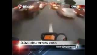 Motorcu Trafiği Tehlikeye Sokuyor