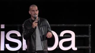A porta está fechada, ninguém sai! | Luís Franco-Bastos | TEDxLisboa