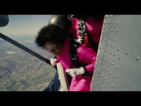 """天海祐希&吉永小百合がスカイダイビングに挑戦!余命宣告された2人の""""ありえない決断""""で奇跡が起こる 映画『最高の人生の見つけ方』特報"""