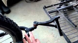 видео Велоприцеп: грузовой велосипед, прицеп для велосипеда своими руками