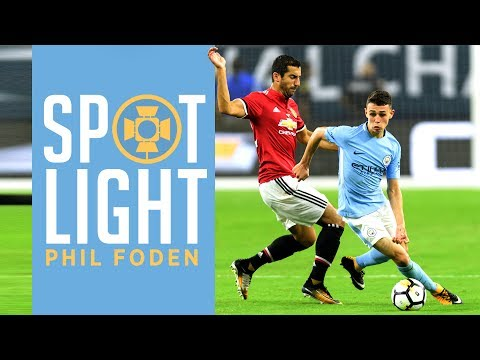 PHIL FODEN DEBUT | Every Touch vs Manchester United | Man City 0-2 Man United
