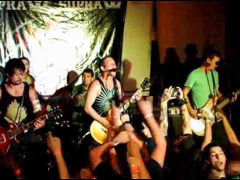 Rufio - White Lights  (FAREWELL TOUR PANAMA 2012)