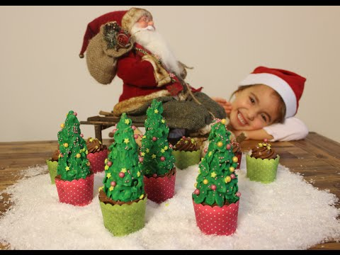 Lebkuchenmuffins mit süßem Tannenbaum :) / Sallys Welt