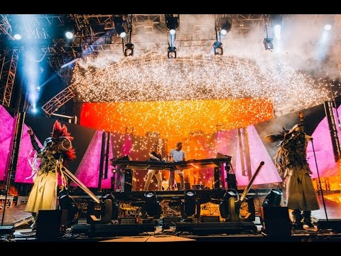 Axwell /\ Ingrosso - Live at Coachella 2015 [Full Set]