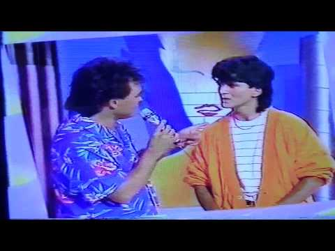 "Sosie Daniel balavoine RTL TELEVISION ""hou la la"""