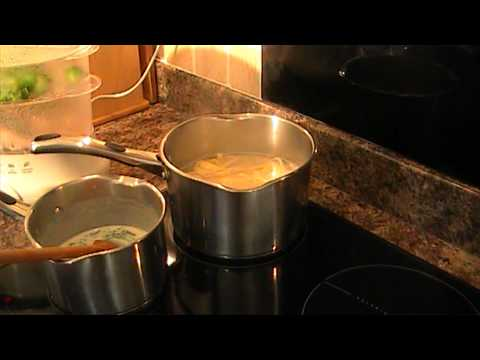 Healthy Recipes - Salmon & Broccoli Pasta With Watercress Sauce