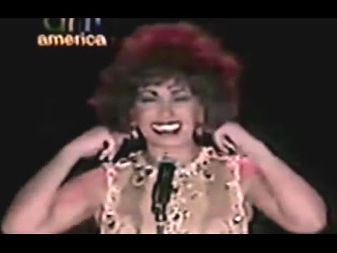 Shirley Bassey - Diamonds Are Forever (1998 Live In Egypt)