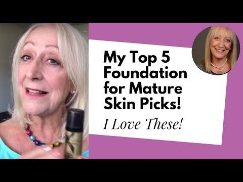 Older women amateur models
