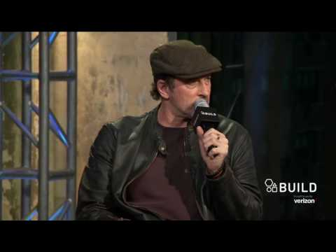 "Scott Patterson Talks About ""Gilmore Girls: A Year In The Life"" 