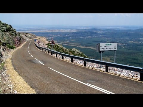 Spain: The road up to Peña de Francia (Salamanca province)