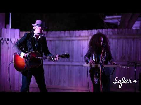 The Pistol & The Queen - Work for Your Love   Sofar Memphis
