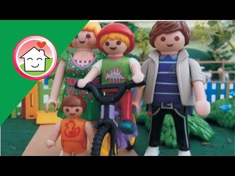 جنة بتتعلم ركوب العجلة - عائلة عمر - أفلام بلاي موبيل للأطفال Playmobil Arabic