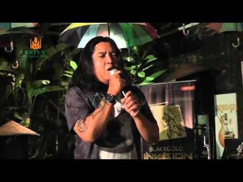 Heydi Ibrahim at Coaching Clinic #2 Malam Ini - Acoustic Version
